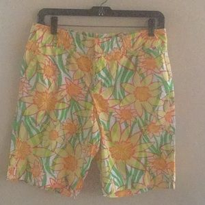 Lilly Pulitzer size 4 short